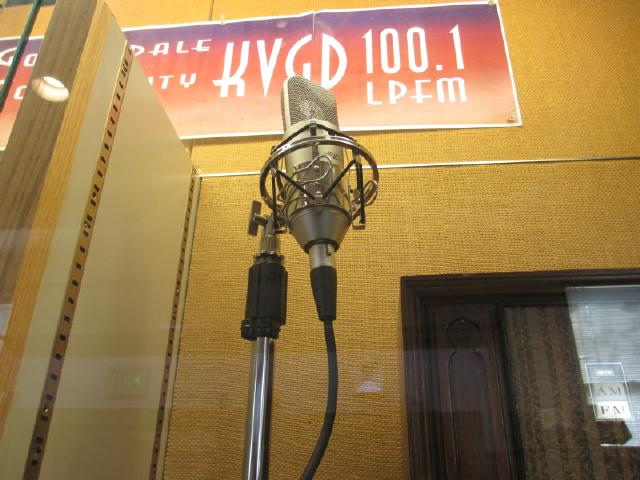 community_radio_display_goldendale_library_march_2015-007s.jpg